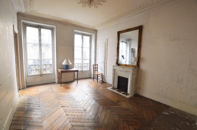 achat appartement a renover paris elegant appartement. Black Bedroom Furniture Sets. Home Design Ideas