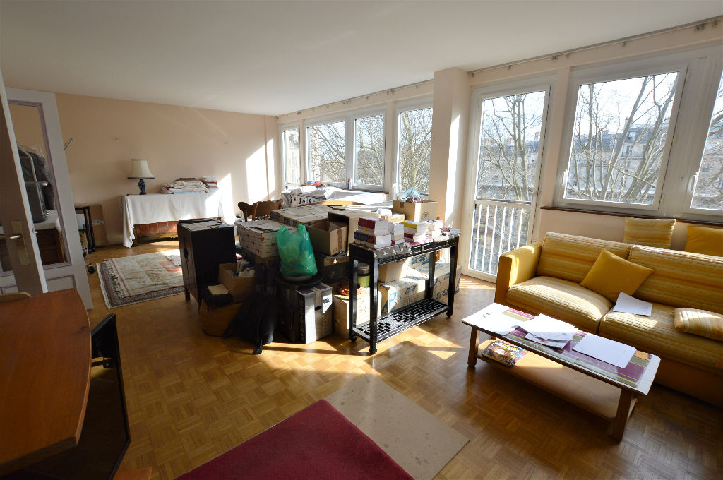 appartement 5p apr s travaux clair sans vis vis 75018. Black Bedroom Furniture Sets. Home Design Ideas