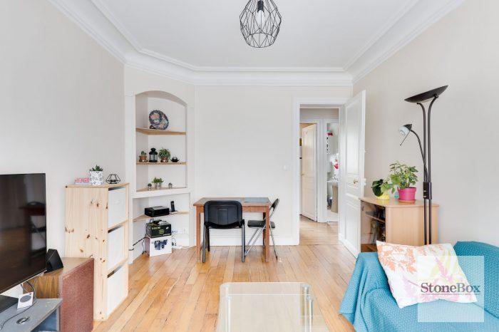 Appartement 3 pièces à rénover (ref. 658)