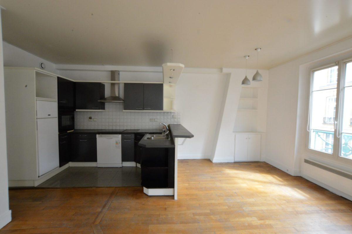 Appartement Familial – Quartier St Denis/Montorgueil (ref. 674)