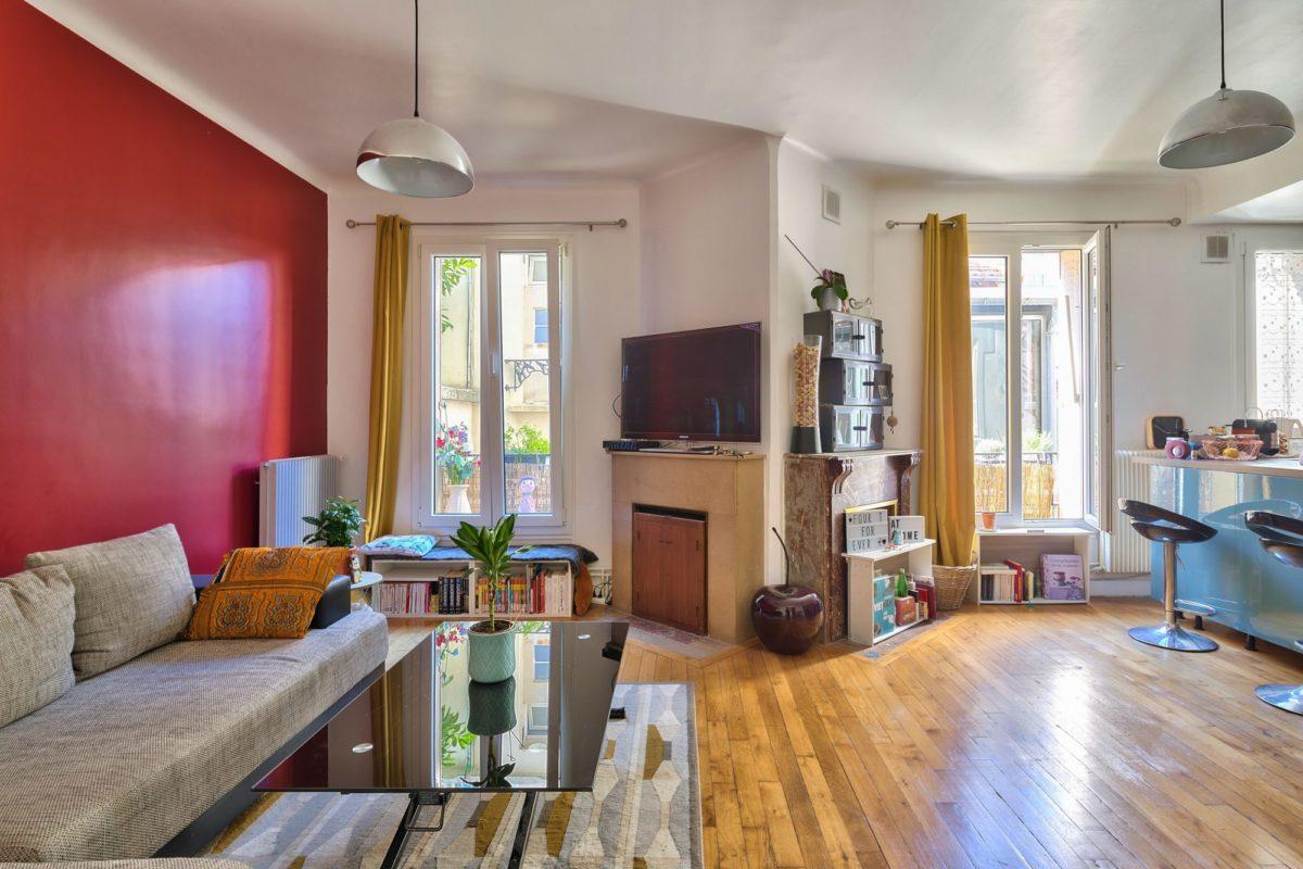 Appartement T3-4 de 70 m² en souplex (ref. 703)