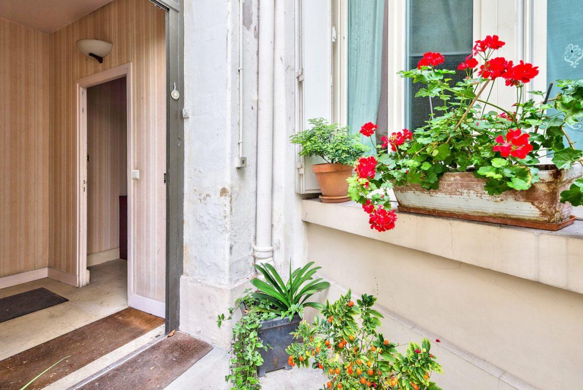 Comme une maison, Place Franz Liszt (ref. 702)