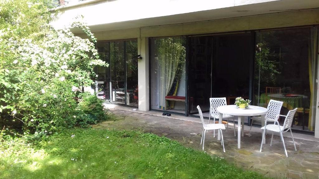 appartement 5 pi ces avec jardin ref 112 appartement. Black Bedroom Furniture Sets. Home Design Ideas
