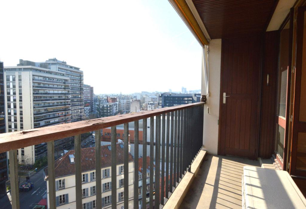 appartement t2 62 m 9 tage avec vue d gag e sud est boulogne ref 469 appartement. Black Bedroom Furniture Sets. Home Design Ideas